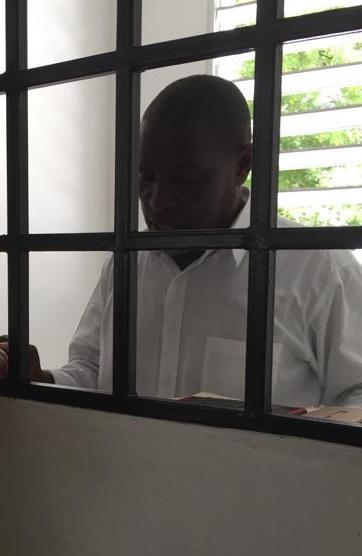 Pastor Brucely